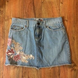 Gorgeous denim skirt ultra low waist